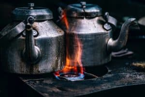 Für den Ibrik benötigt man Wasserkannen Kaffeekannen